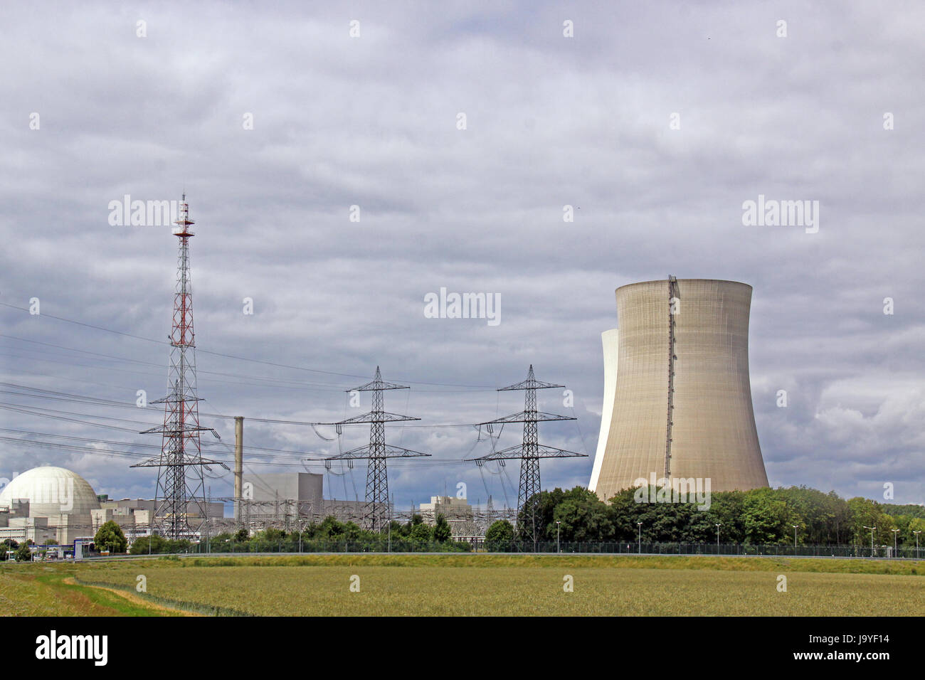 nuclear power station, nuclear reactor, cooling tower, generation of - Stock Image