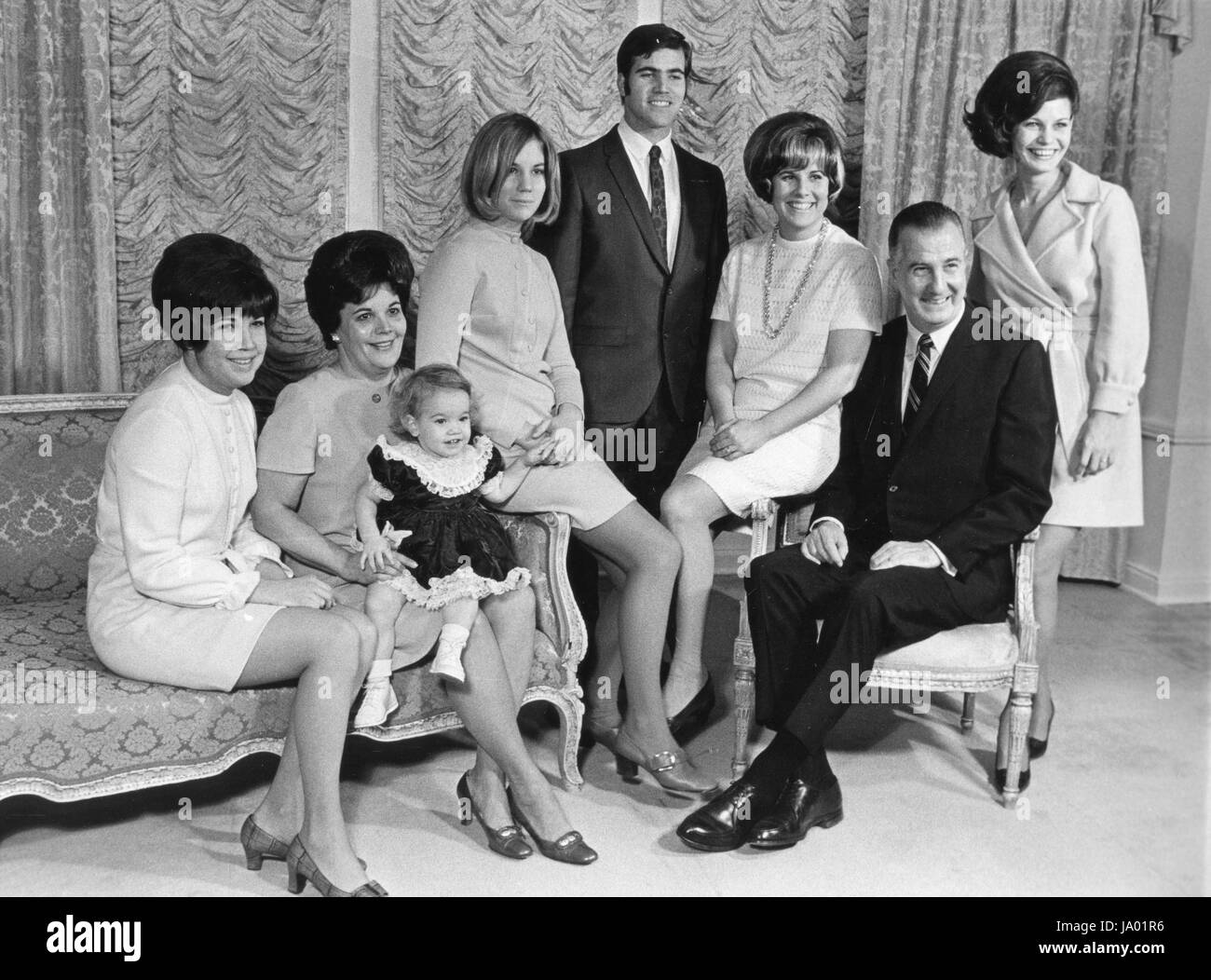 Vice President and Mrs. Spiro Agnew pose with members of their family including (from left to right), daughter Susan, - Stock Image