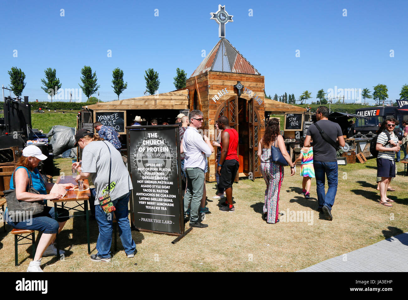 Food Festival The Rolling Kitchens at the Westergasfabriek in the Westerpark in Amsterdam, The Netherlands. Smockey - Stock Image