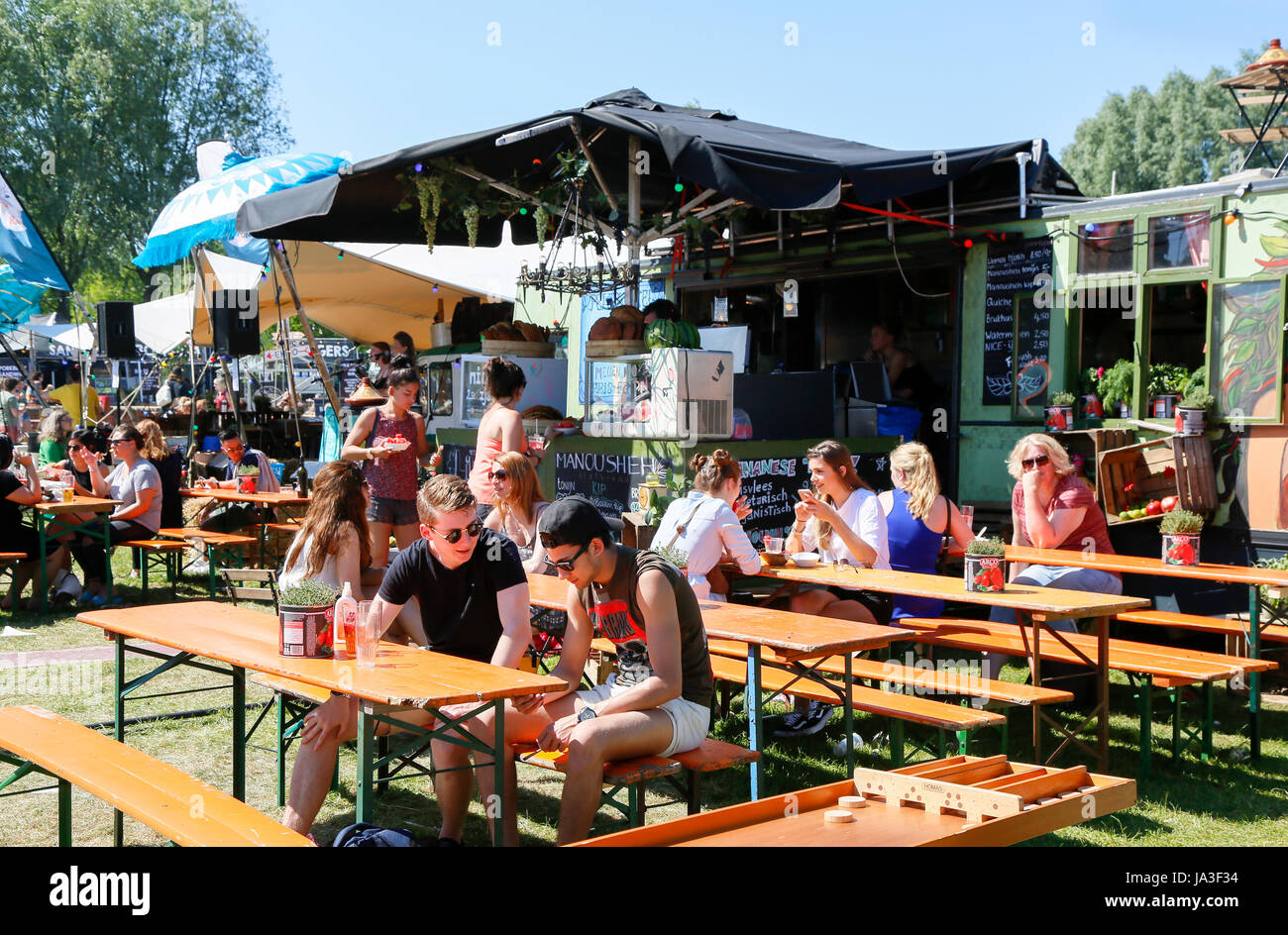 Rollende Keukens Amsterdam : Foodfestival de rollende keukens bij de westergasfabriek en