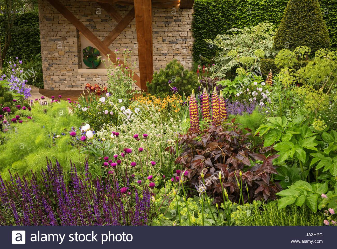 the morgan stanley garden at the rhs chelsea flower show. Black Bedroom Furniture Sets. Home Design Ideas