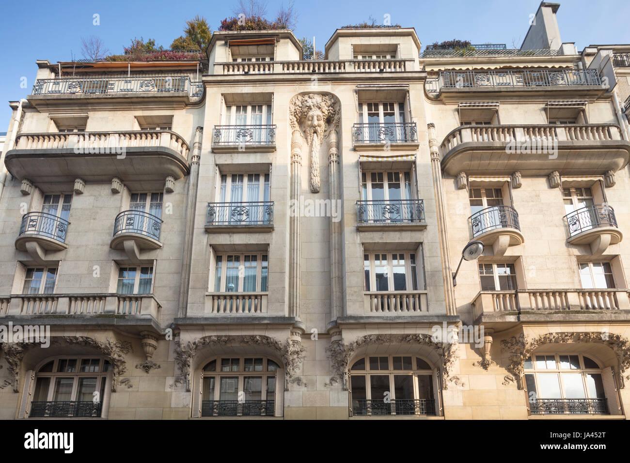 77326d05ba 1920s apartment building at 18 Rue de l'Assomption, Auteuil, Paris, France