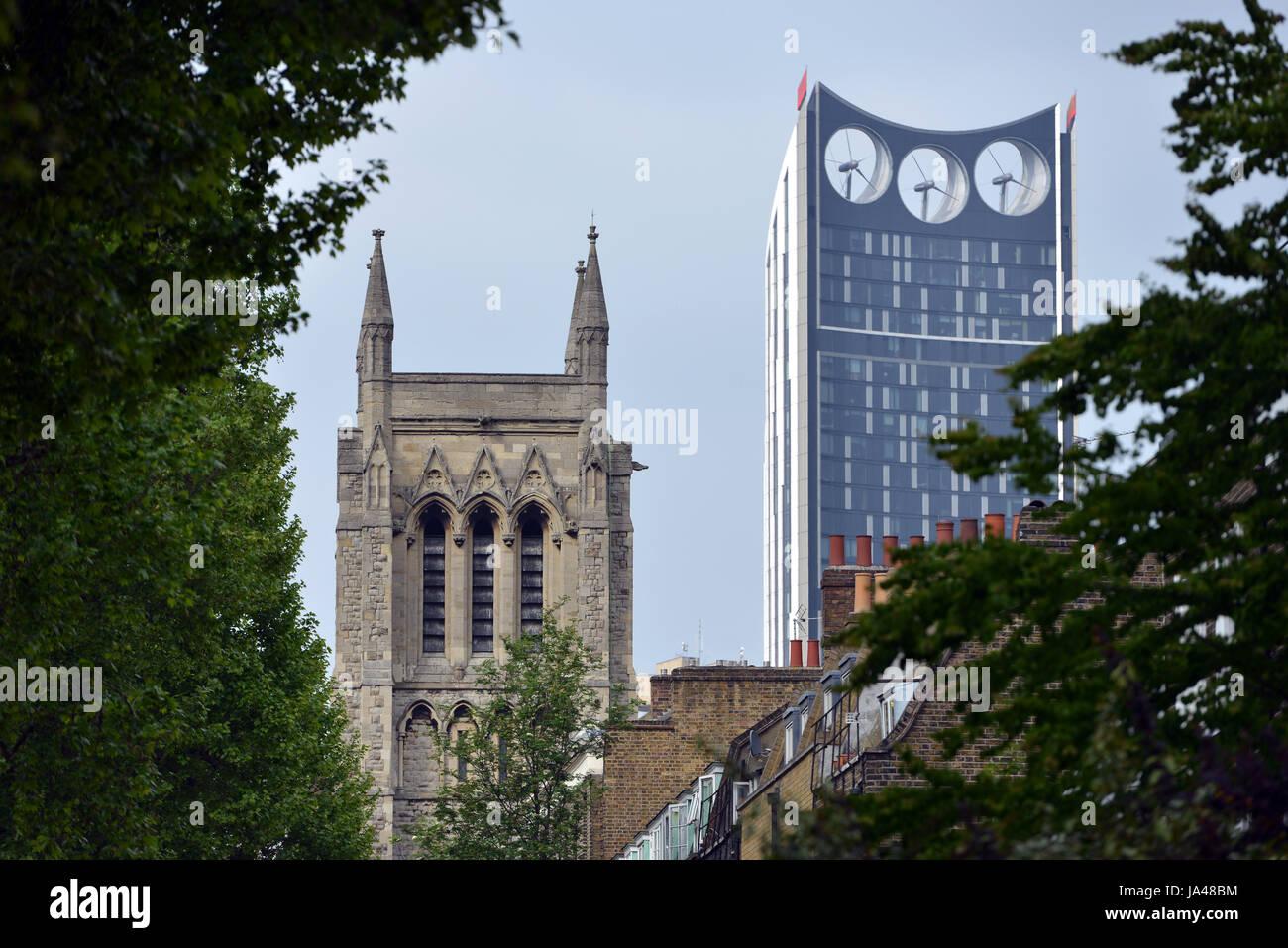 The church St Mary, Newington and Strata SE1 (the Razor), London - Stock Image