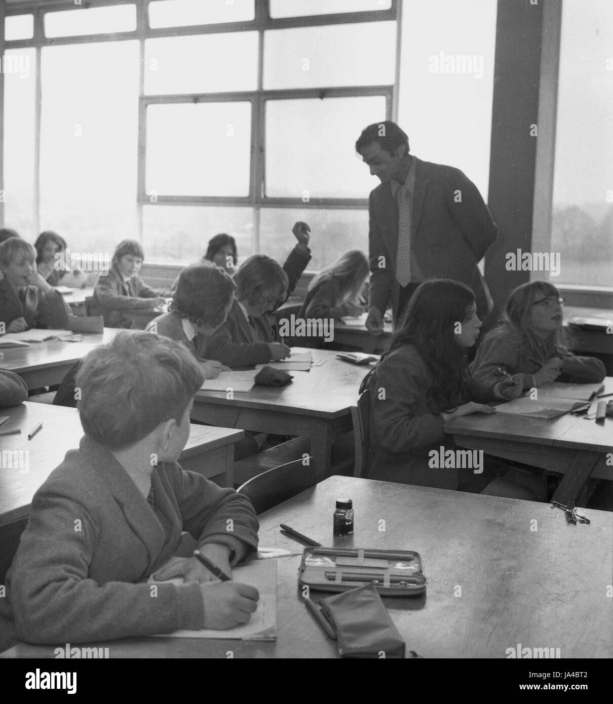 1960s, historical, boys and girls in a classroom at Sedgehill School, Lewisham, South London, England, UK, opened - Stock Image