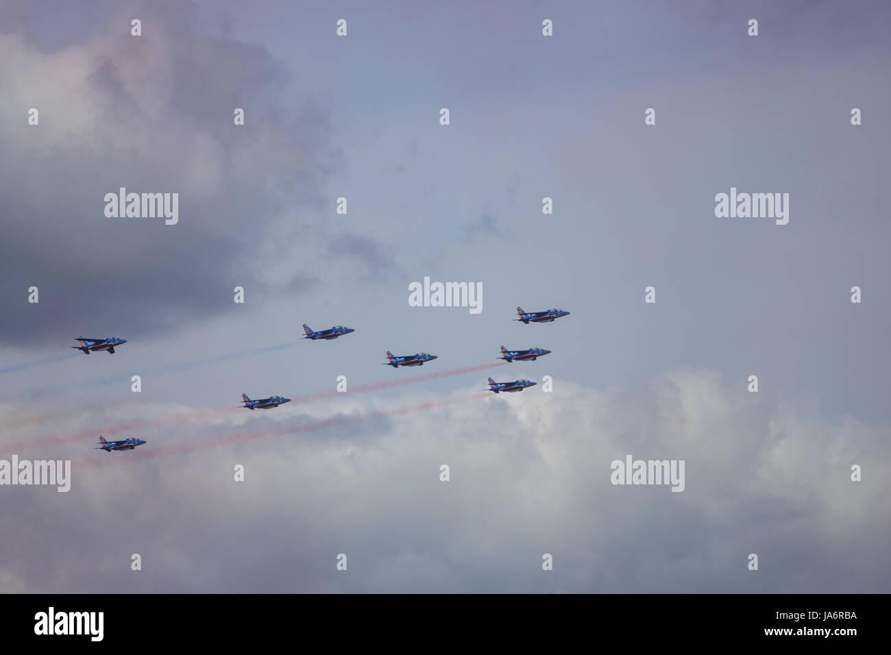 La Ferte Alais, France. 4th June, 2017. Jets from the Patrouille de France in the skies above the Aerodrome de Cerny, - Stock Image