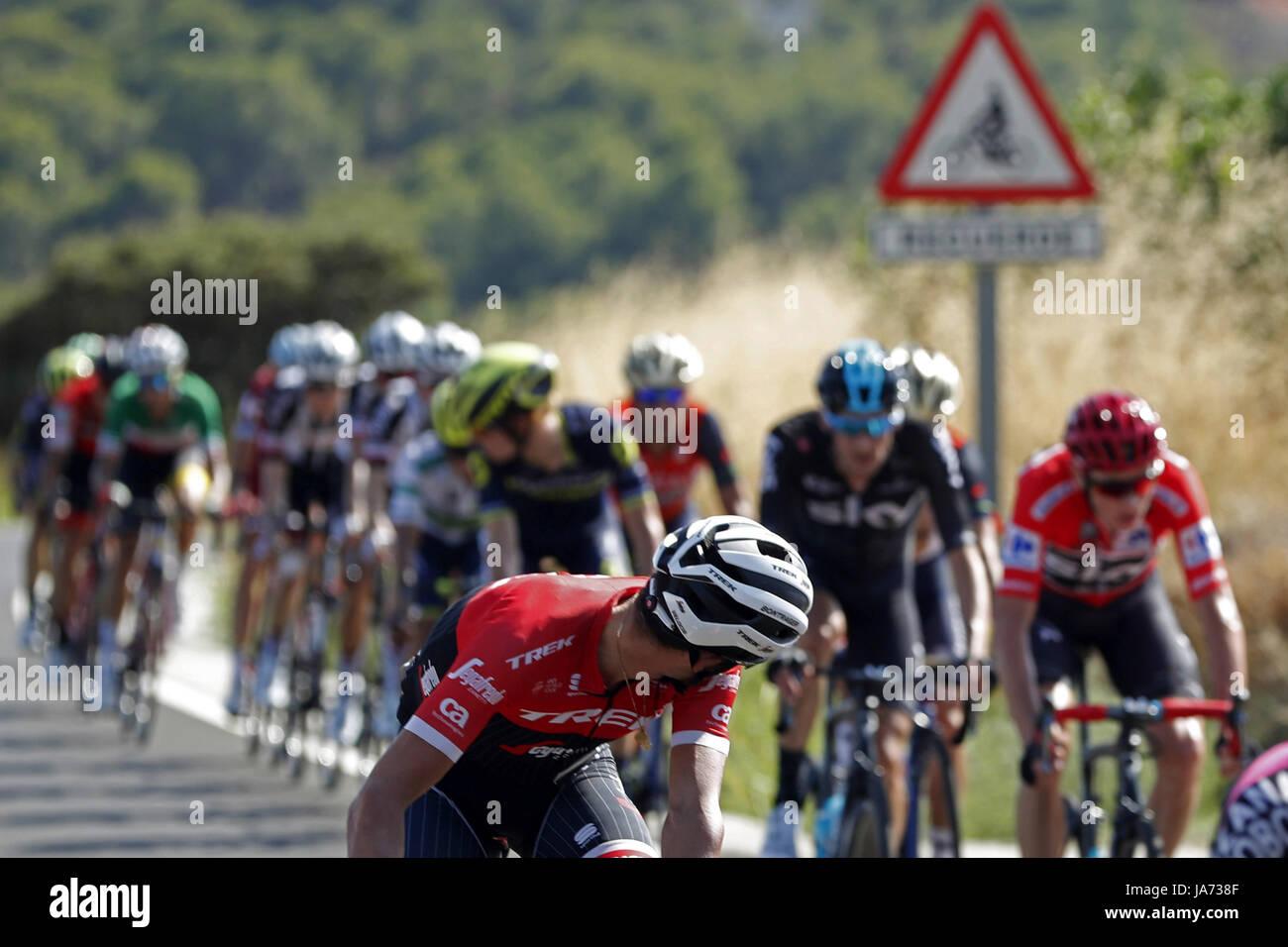 bed2f8fb4 Spanish Alberto Contador Stock Photos   Spanish Alberto Contador ...