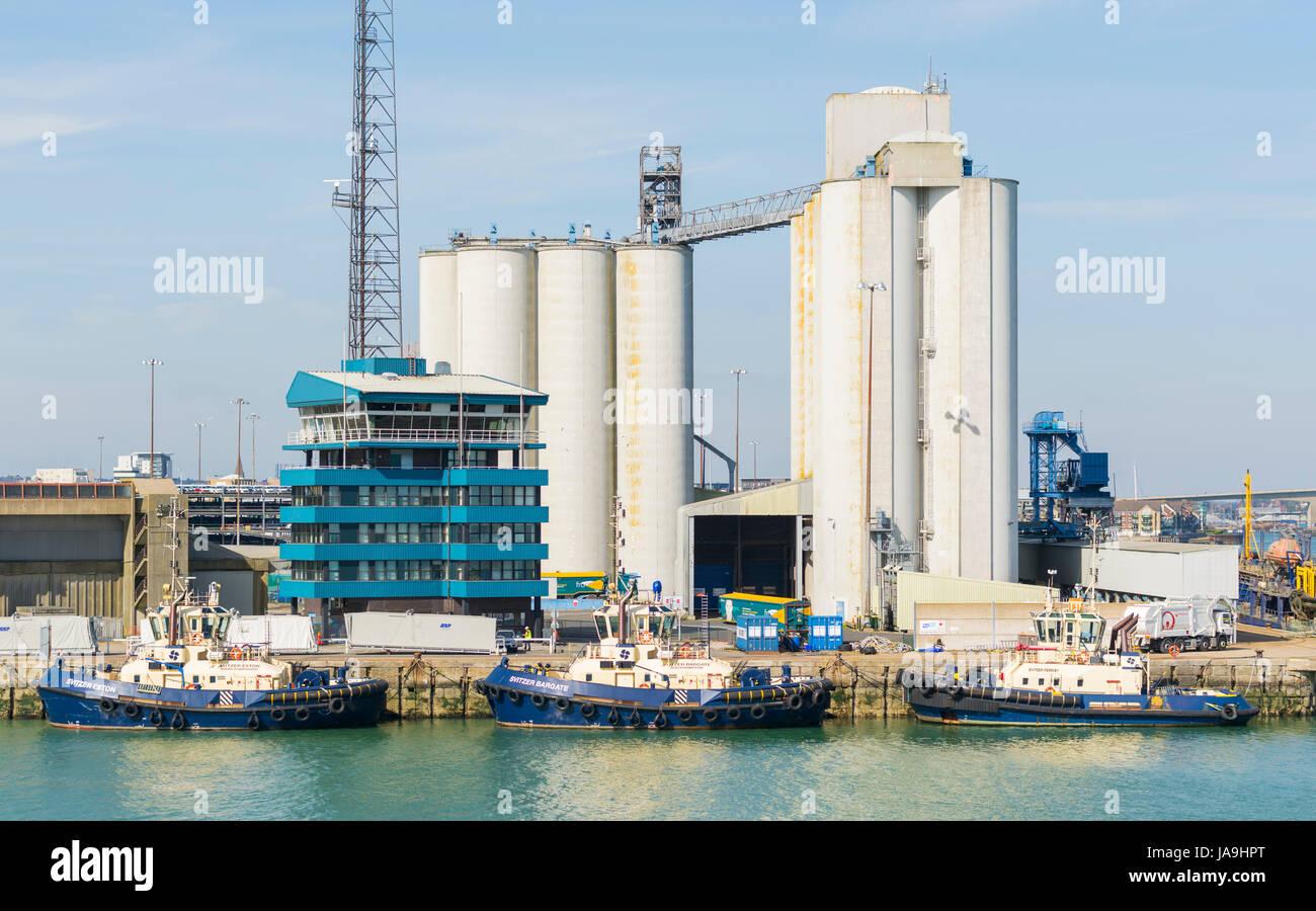 Southampton Grain Terminal, Eastern Docks, Southampton, Hampshire, England, UK. - Stock Image