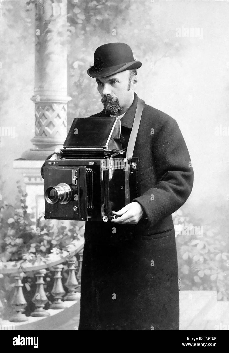 KARL BULLA (c 1855- 1929) German-Russian photographer in a 1917 self-portrait - Stock Image