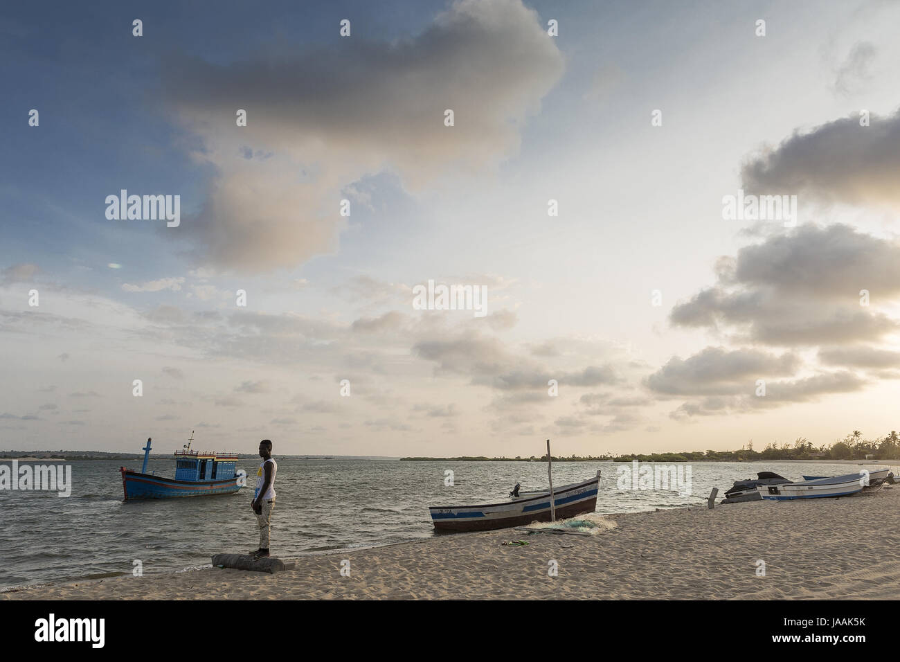 Young african fisherman on the tropical island of the mussulo. Angola - Stock Image