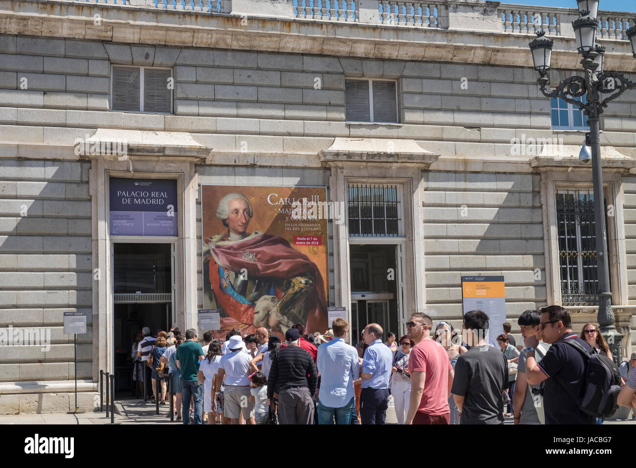 Tourists outside ticket office for Palacio Real building, Madrid, Spain - Stock Image