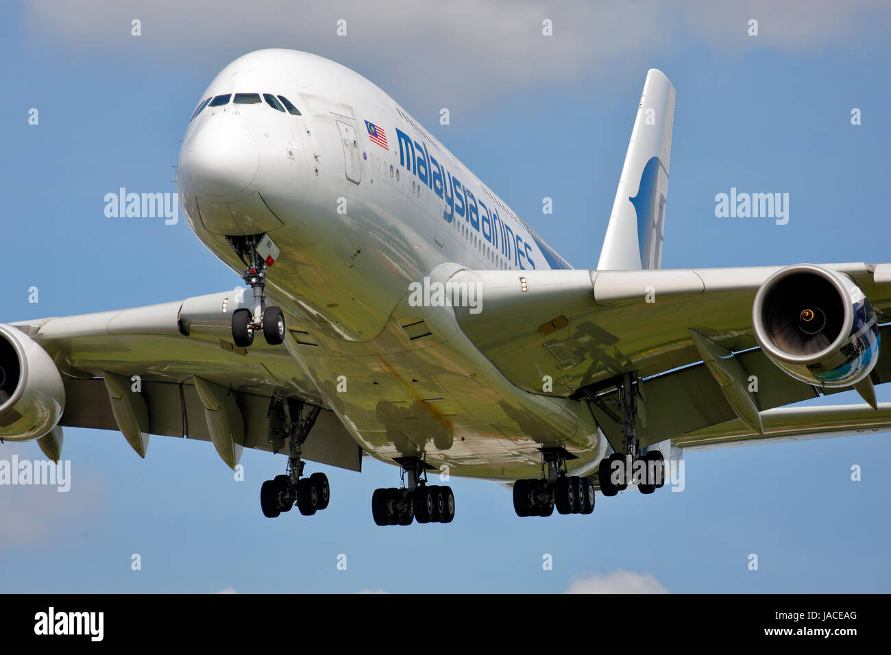 9M-MNA Malaysia Airlines Airbus A380-800 cn-078 on final approach to runway 27L at London Heathrow airport. - Stock Image