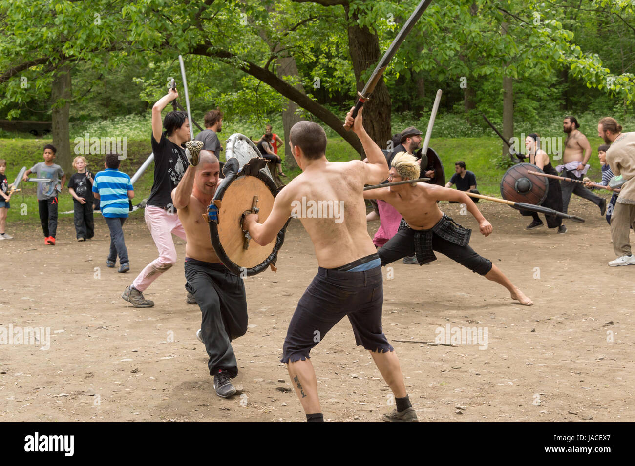 Montreal, CA - 4 June 2017: 'Guerriers de la montagne' in Montreal. Medieval battles in Mont-Royal Park - Stock Image