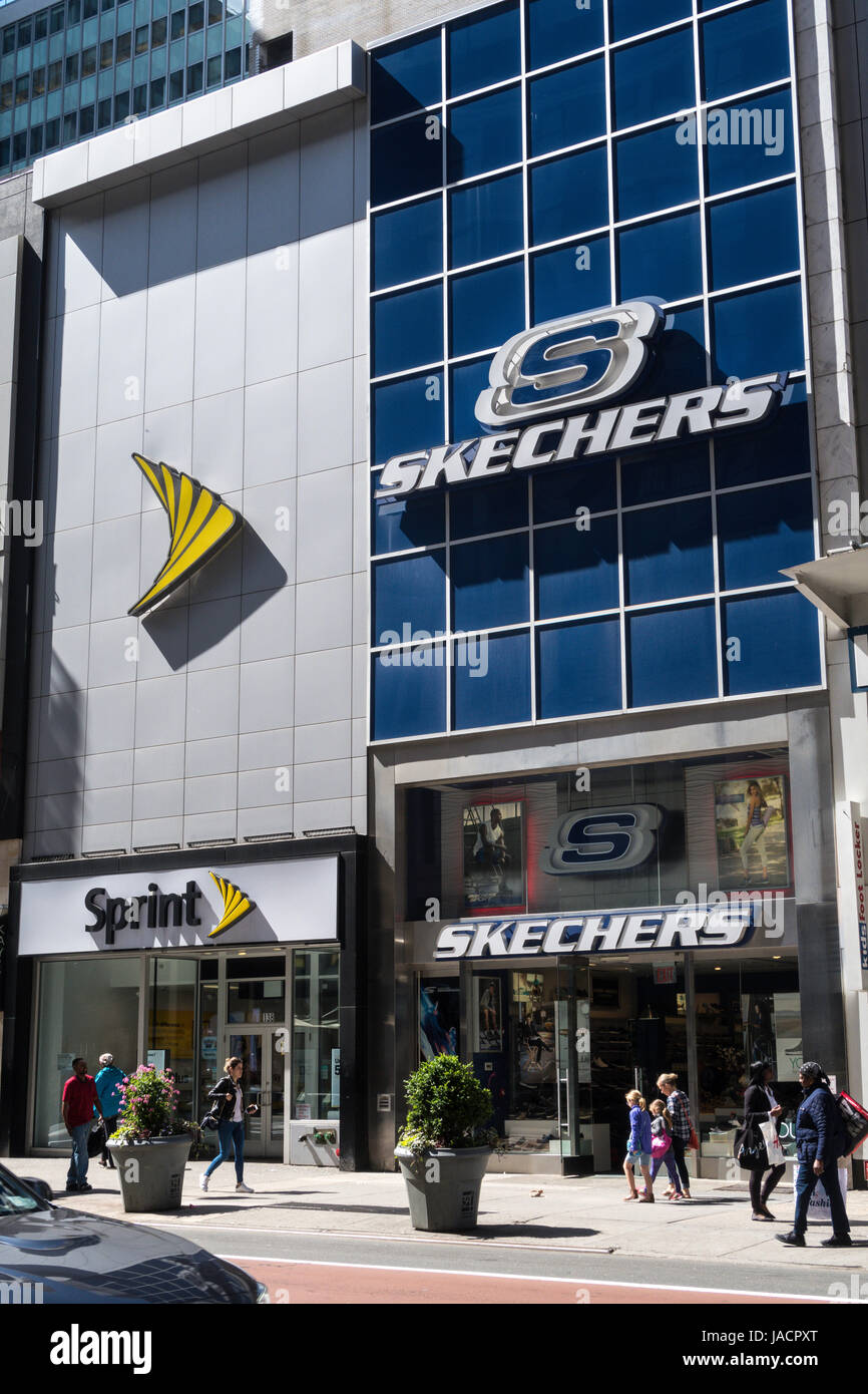 skechers 34th st
