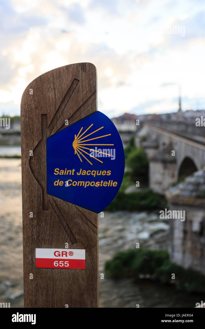 France, Loir et Cher, Blois, Loire, Jacques Gabriel Bridge, signage paths of Saint Jacques de Compostela on the - Stock Image