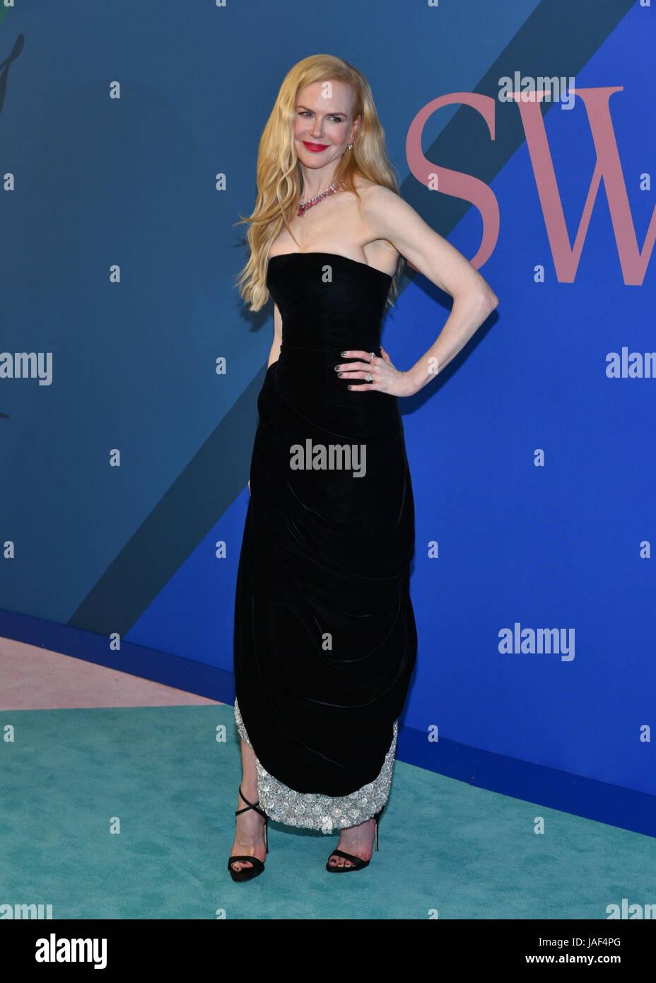 New York, USA. 5th Jun, 2017. Nicole Kidman attends the 2017 CFDA Fashion Awards at Hammerstein Ballroom on June - Stock Image