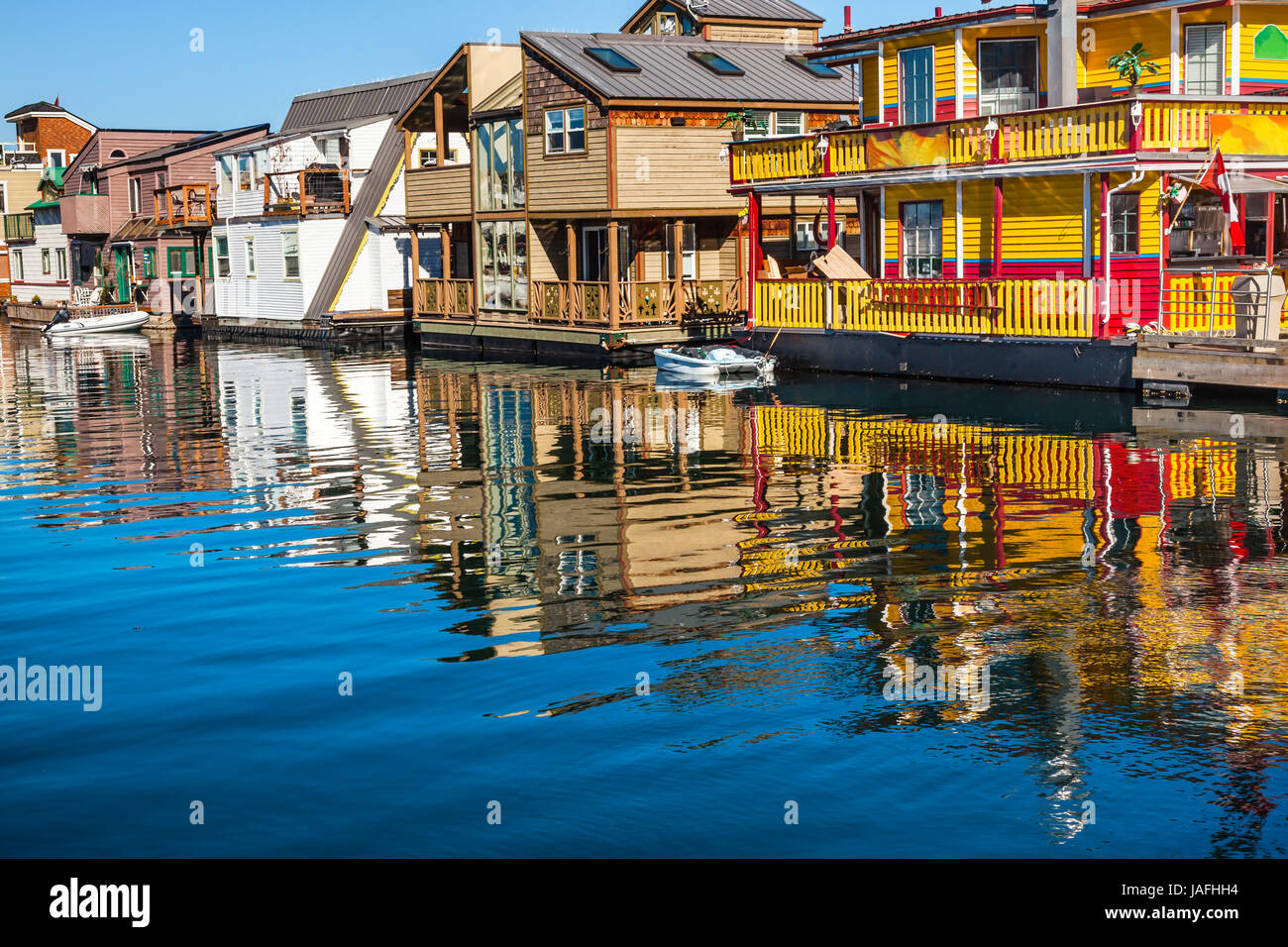 Floating Home Village Yellow Brown Houseboats Fisherman\'s Wharf ...