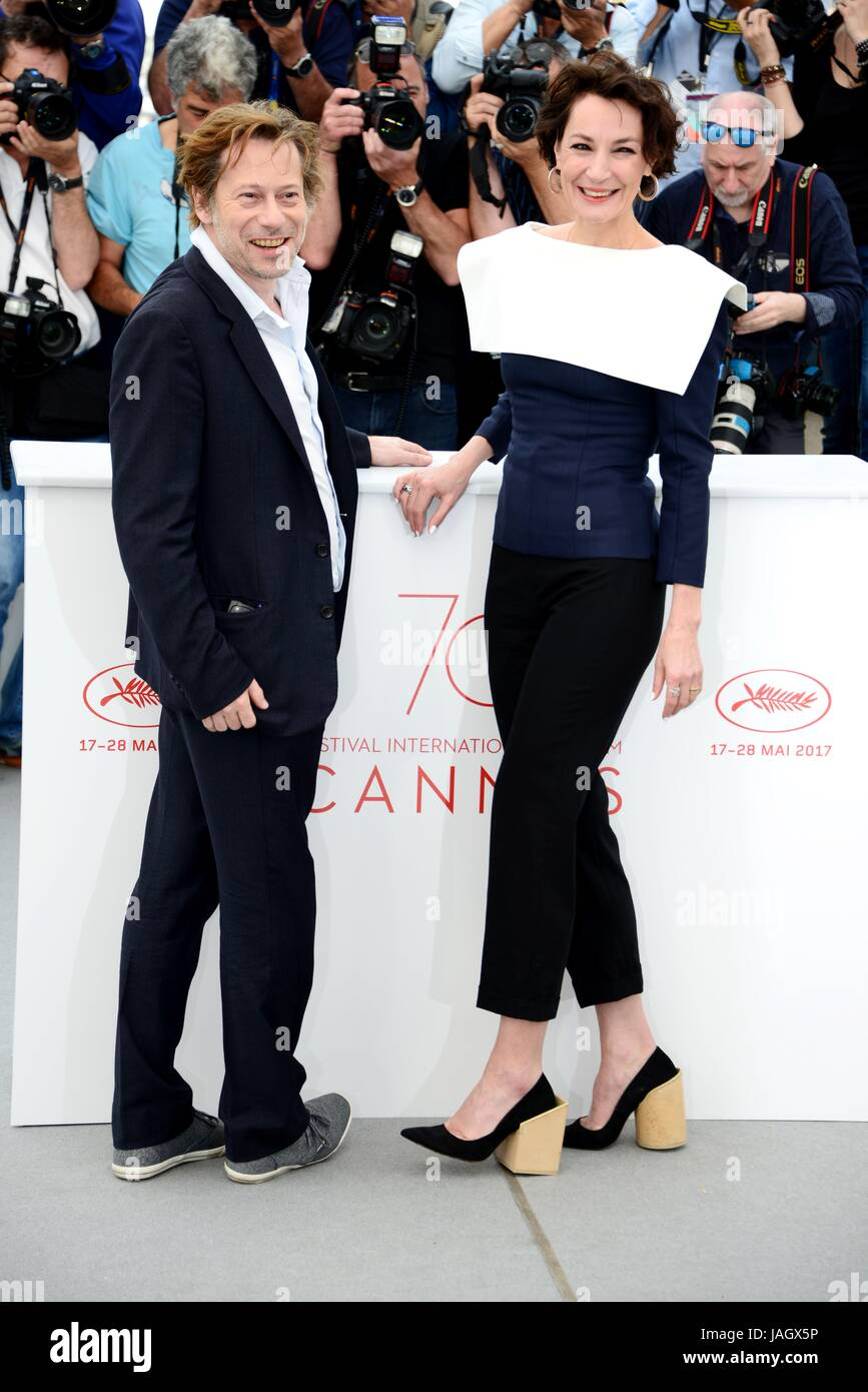 Mathieu Amalric and Jeanne Balibar (clothes and shoes by Jacquemus)  Photocall of the film 'Barbara' 70th Cannes Film Festival May 18, 2017  Photo Jacky ...