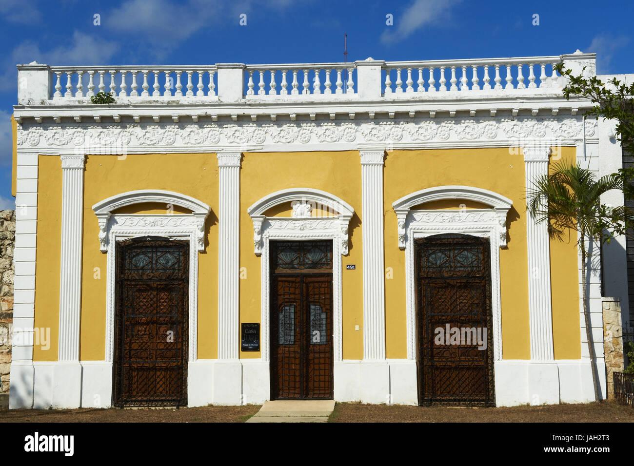Mexico,Yucatan,Merida,capital,coloured facade of a colonial