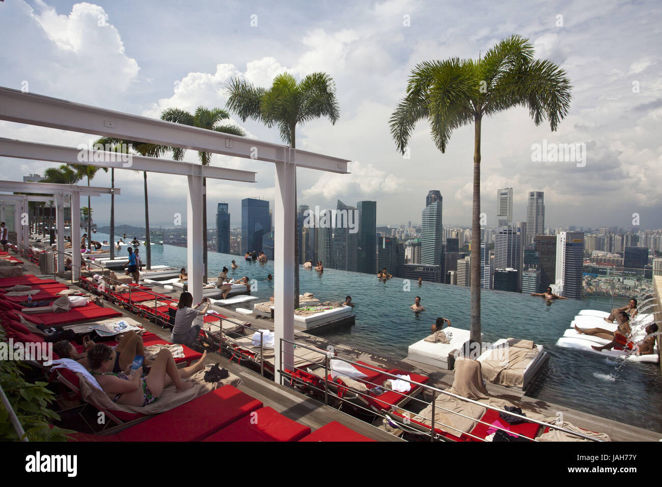 Singapore,hotel 'Marina Bay Sands',roof terrace,swimming