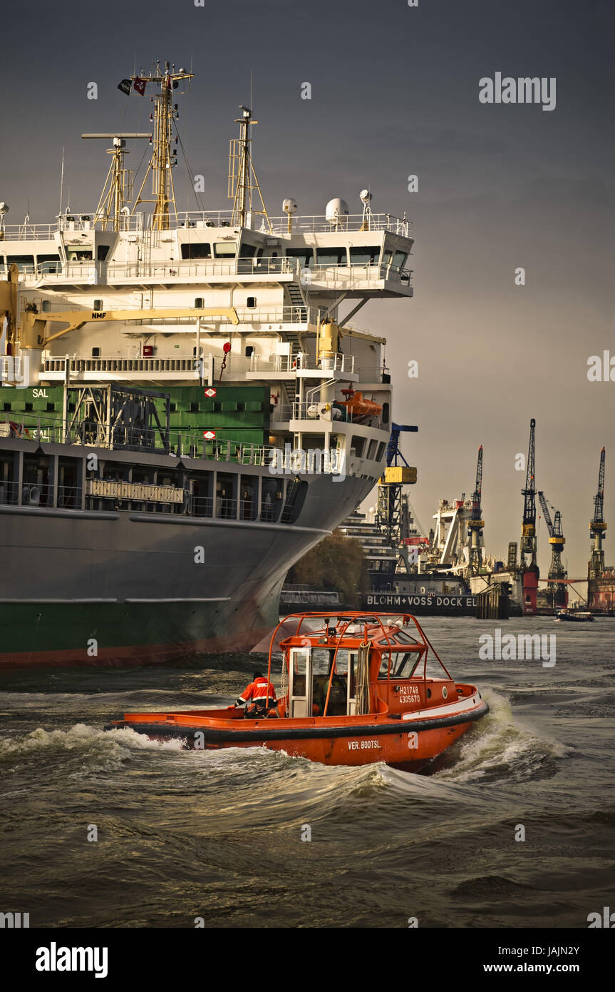 Germany,Hamburg,landing stages,Blohm and Voss,severe good ship,'Svenja',head fast,head fast boot., - Stock Image