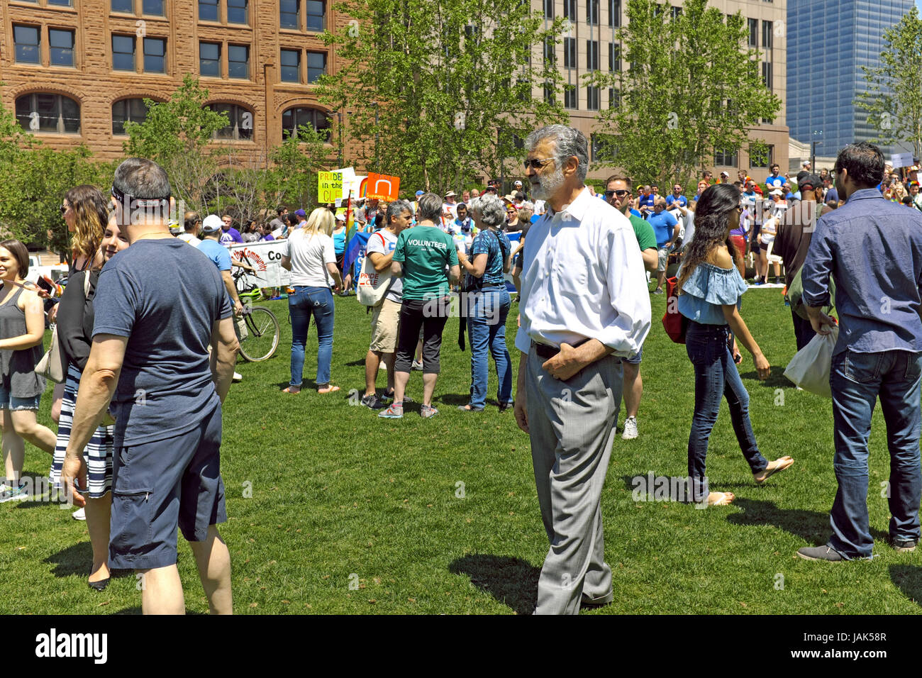 Cleveland Mayor Frank Jackson visits attendees of a GLBT Pride event in downtown Cleveland, Ohio, USA. - Stock Image