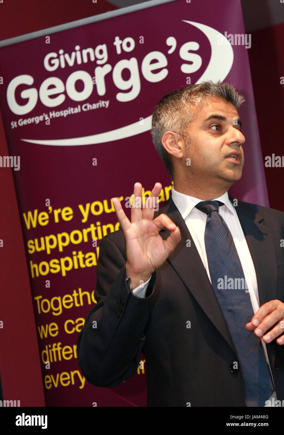 Sadiq Khan Mayor of London does Donald Trump Impression - Stock Image
