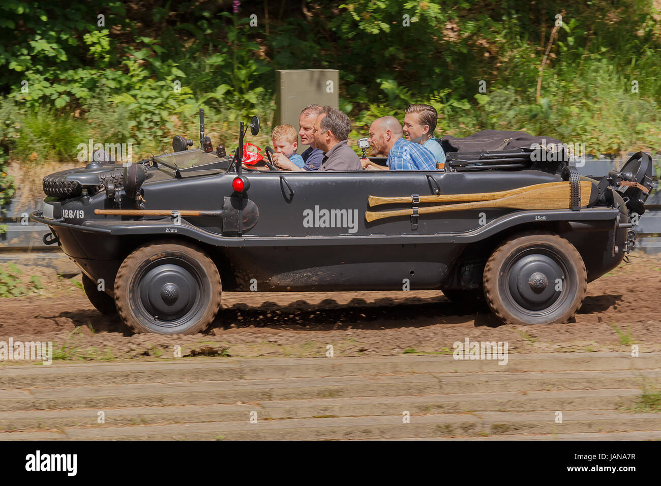 VW Typ 128 Schwimmwagen at Militracks event - Stock Image