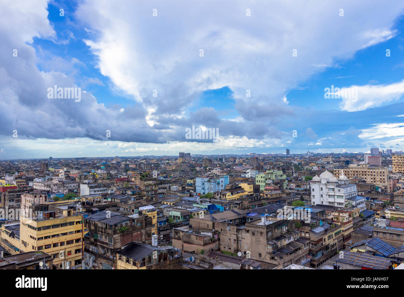 Aerial Kolkata city view and cloudscape. - Stock Image