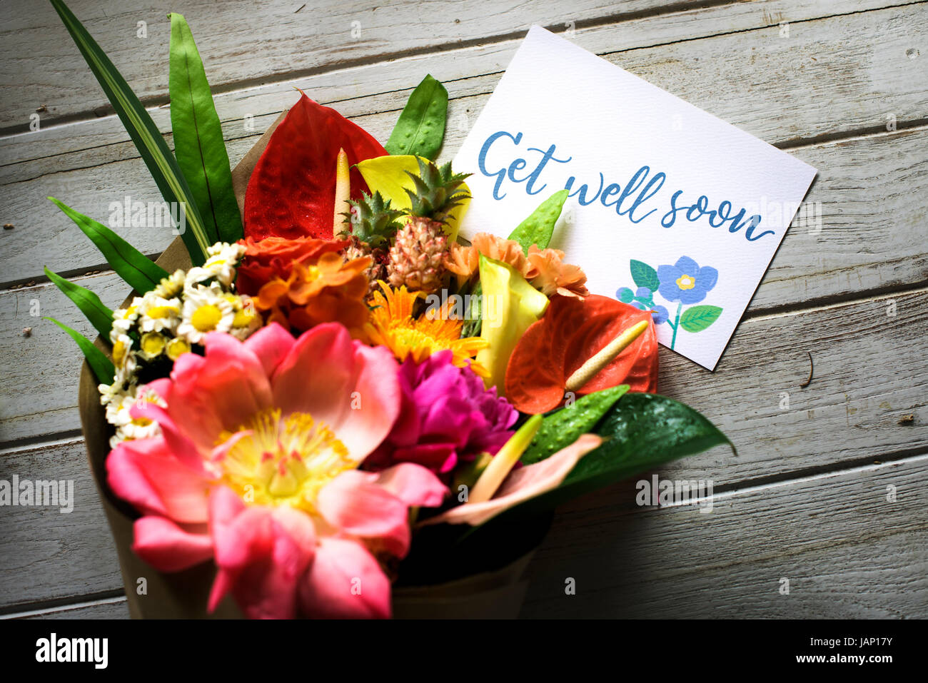 Get well soon message with bouquet Stock Photo: 144313455 - Alamy