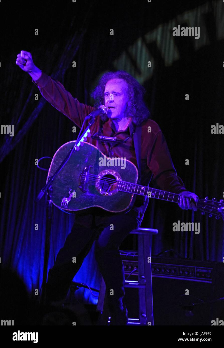 Donovan Leitch on stage for Donovan Leitch in Concert, Cutting Room, New York, NY June 6, 2017. Photo By: Derek - Stock Image