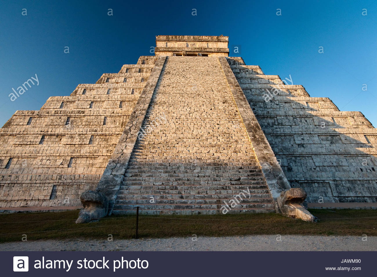 The Castillo at Chichen Itza. - Stock Image