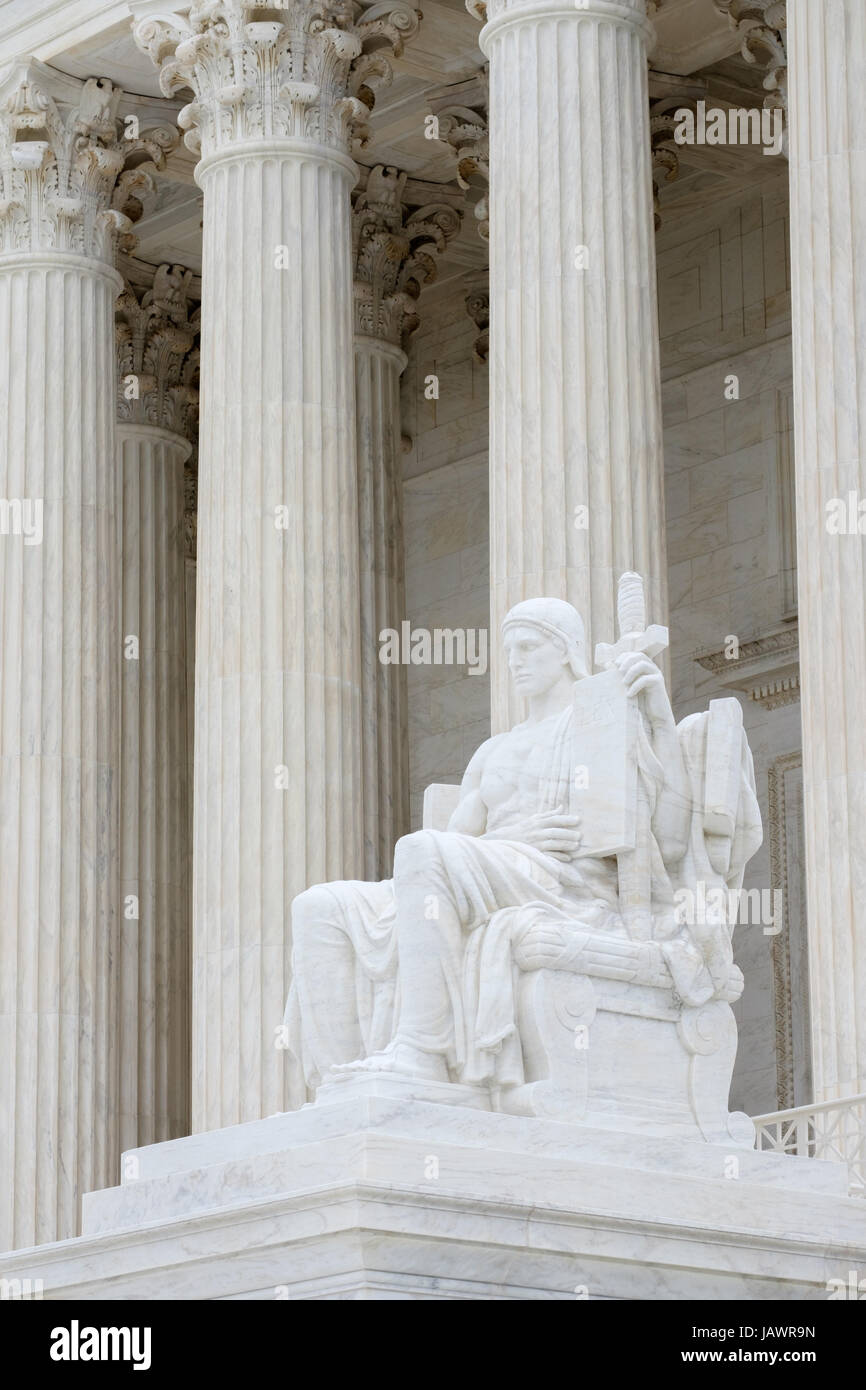 U.S. Supreme Court Building with Statue of Authority of Law - Stock Image