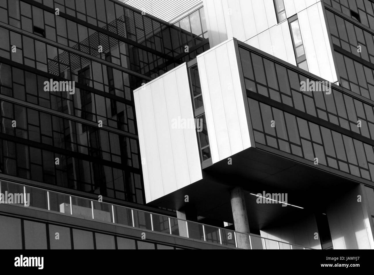 the new vue 53 apartment building in hyde park chicago the building stock photo alamy alamy