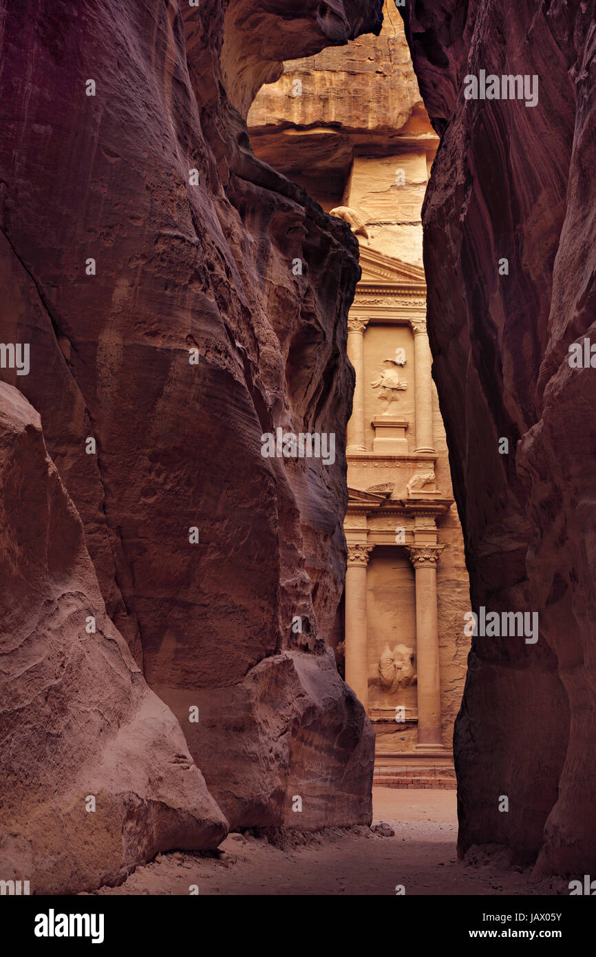 Treasury  in vertical position, picture taken inside of Siq, City of Petra, Jordan - Stock Image