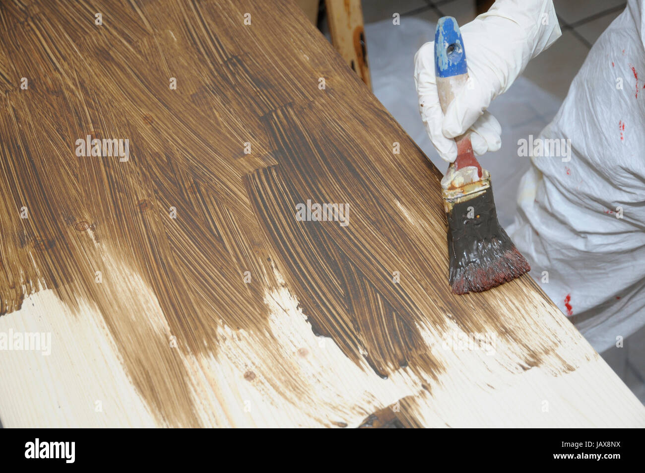 Lasieren Brett Lasur Farbe Lack Lackieren Streichen Stock Photo