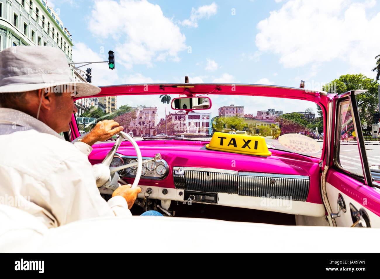Cuban taxi driver, Cuban taxi, Havana taxi driver, Havana taxi cab, Cuban cab driver, Cuban cab, Havana cab driver - Stock Image