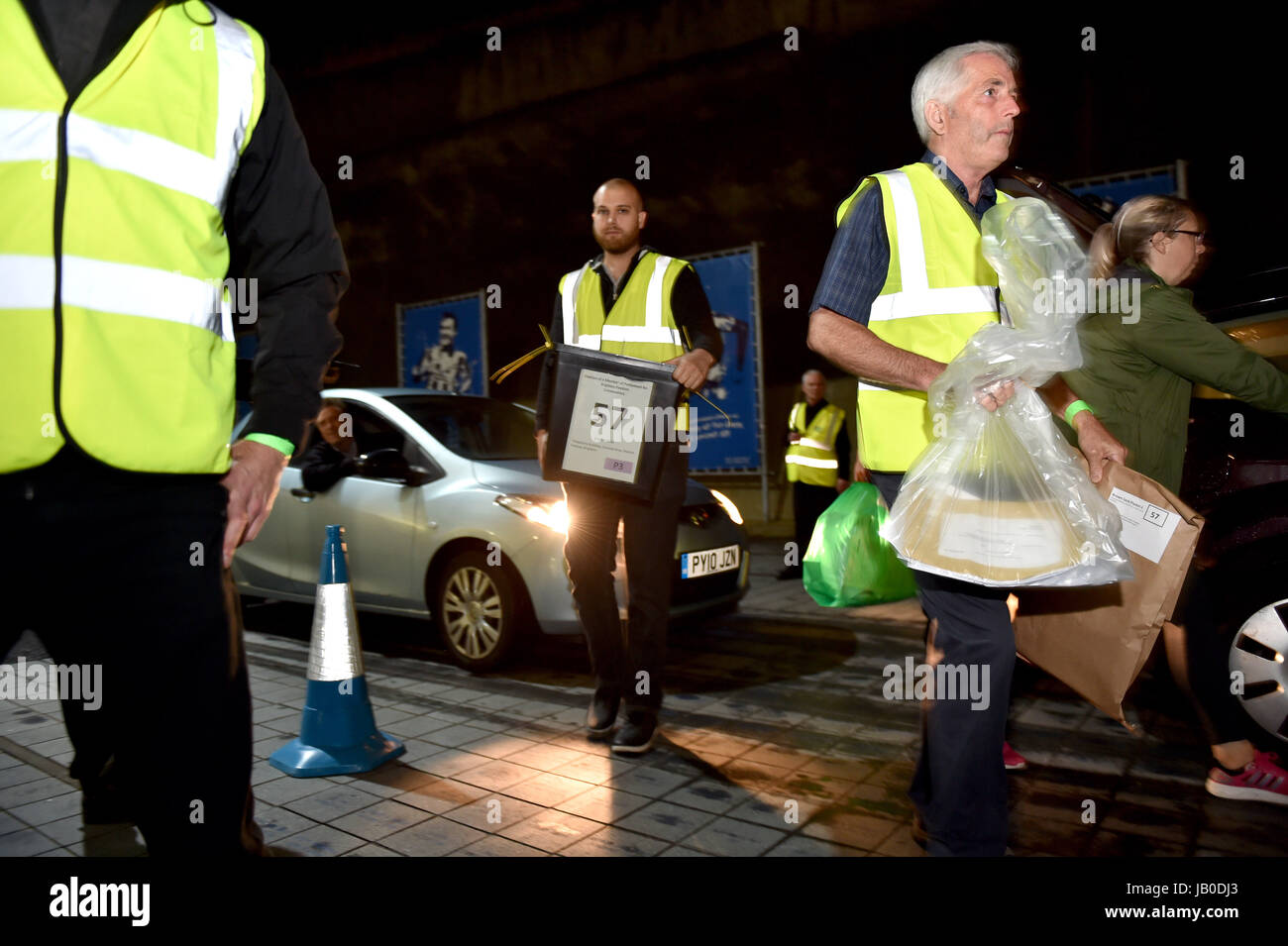 Brighton, UK. 8th June, 2017. The ballot boxes start to arrive for the General Election counts for Brighton Pavilion, - Stock Image