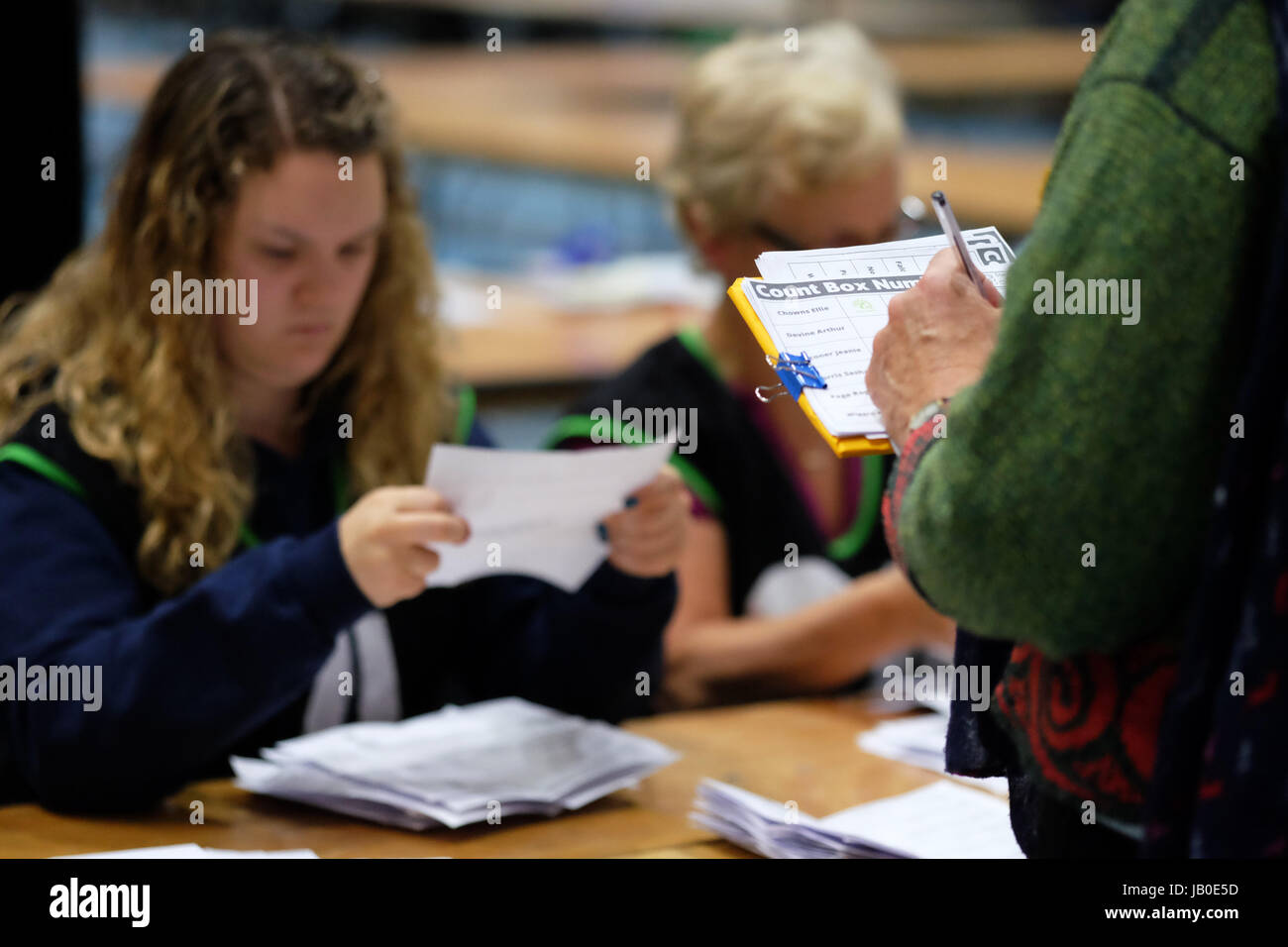 Hereford, Herefordshire, UK - Thursday 8th June 2017 - Party teller workers keep an eye on the counting process - Stock Image