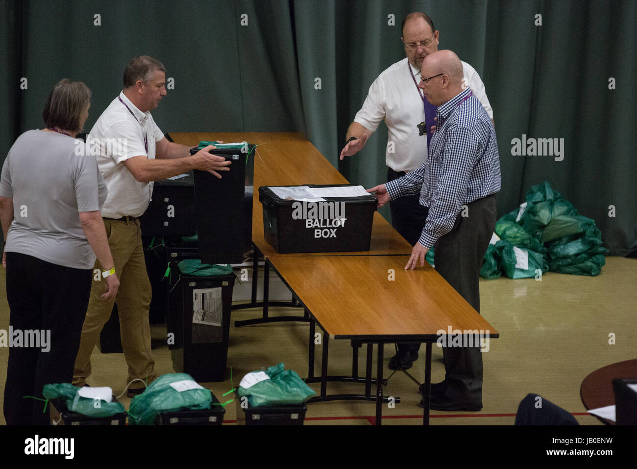 Maidenhead, UK. 8th June, 2017. Ballot boxes awaiting counting for the Windsor constituency. Credit: Mark Kerrison/Alamy - Stock Image