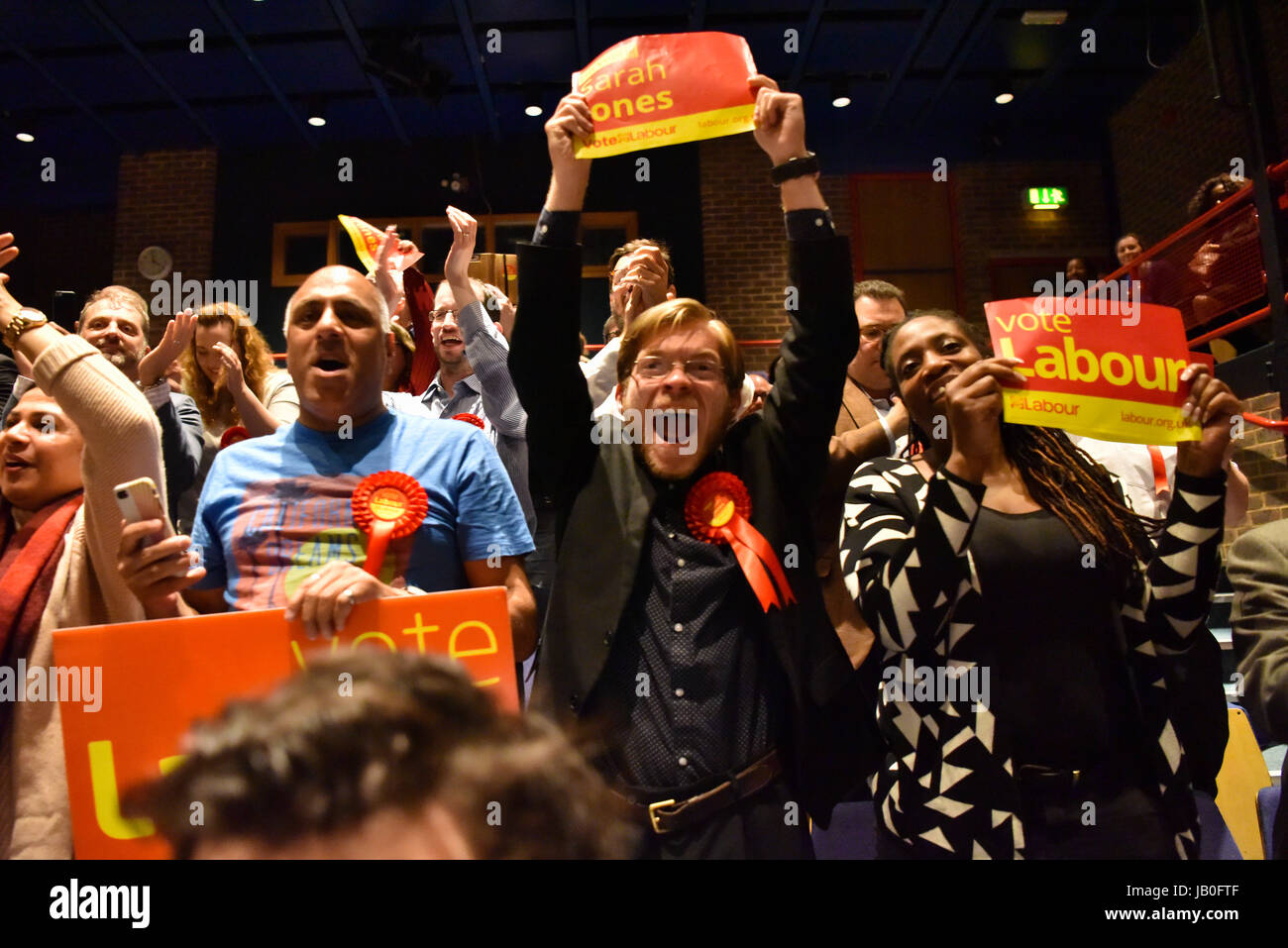 London, UK. 9th Jun, 2017. Labour's Sarah Jones wins Croydon Central from the Conservative Housing Minister, Gavin Stock Photo