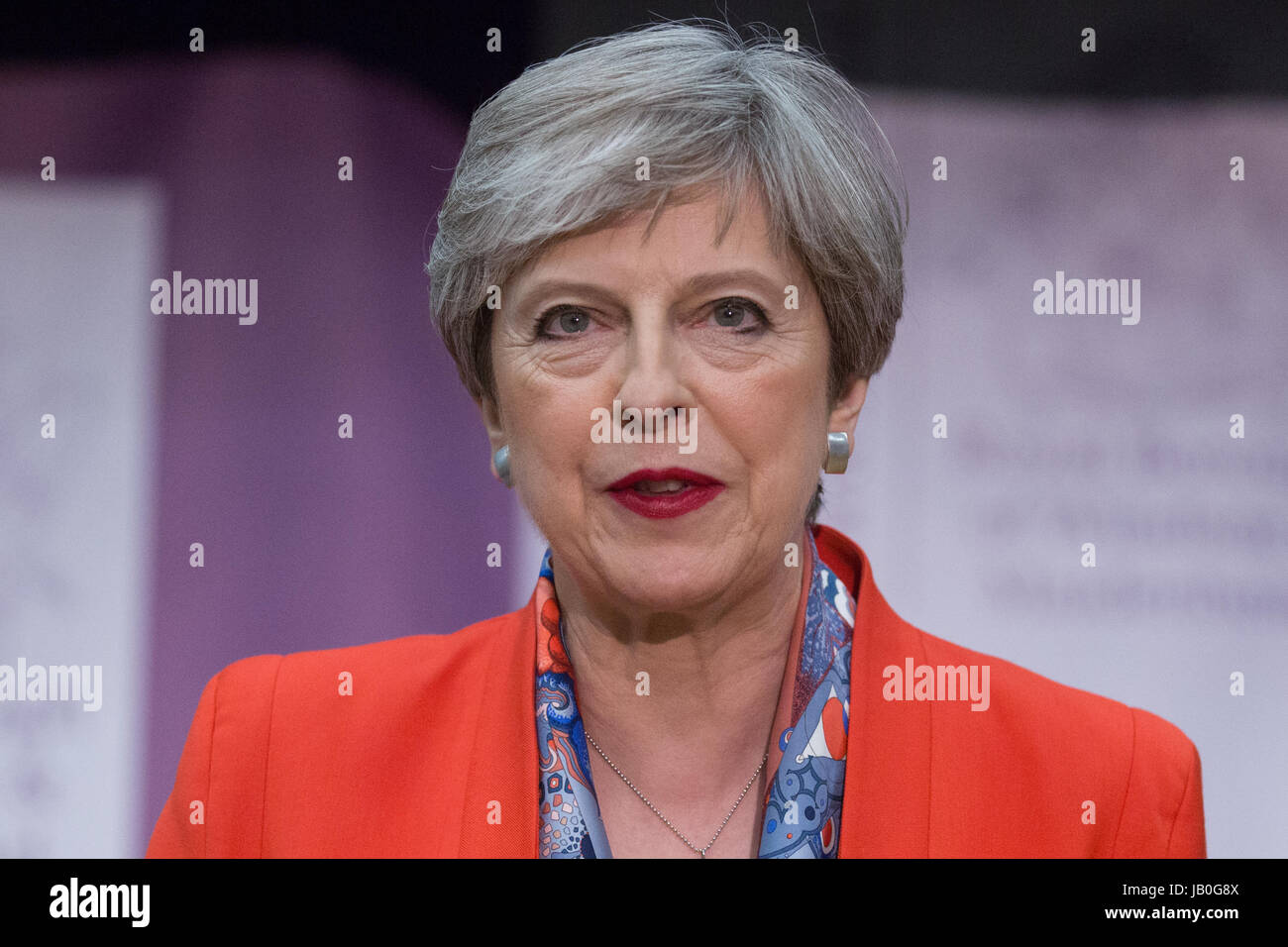 Maidenhead, UK. 9th June, 2017. Theresa May makes her acceptance speech as she is reelected as the Member of Parliament Stock Photo