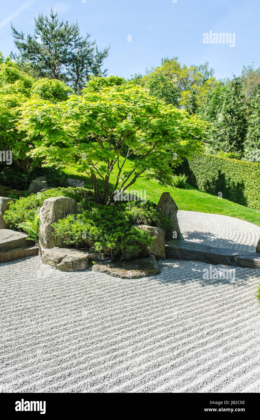 Buddhist Ceremony Traditional Japanese Garden: Japanese Zen Garden Stock Photos & Japanese Zen Garden