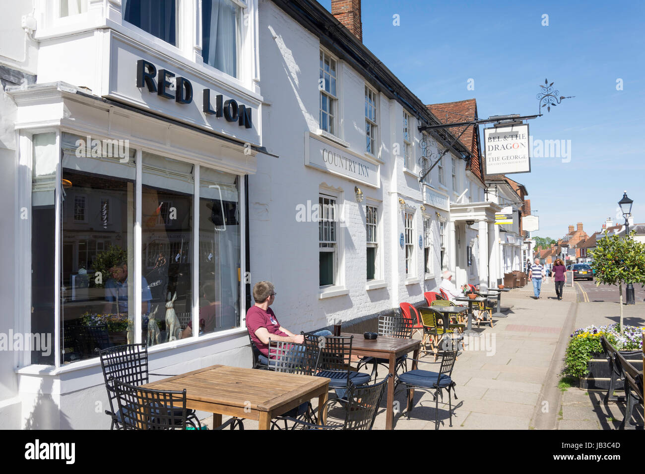 The Red Lion & Bell and the Dragon Pubs, High Street, Odiham, Hampshire, England, United Kingdom - Stock Image