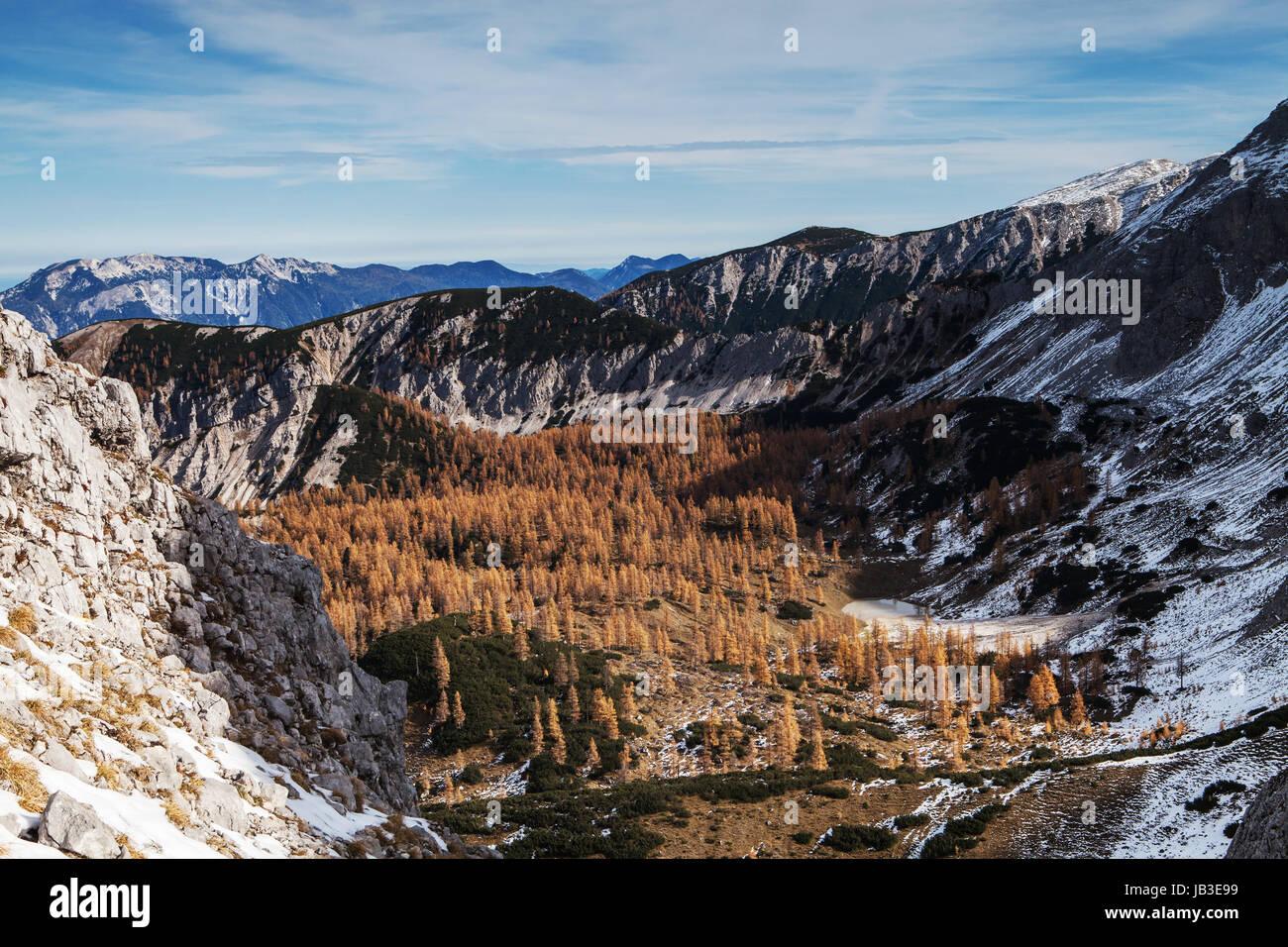 clamber mountain Stock Photo