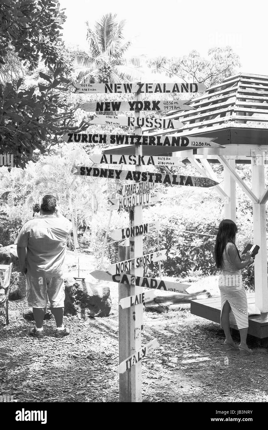 Direction Sign Post at Tropical Farms Macadamia Outlet - Stock Image