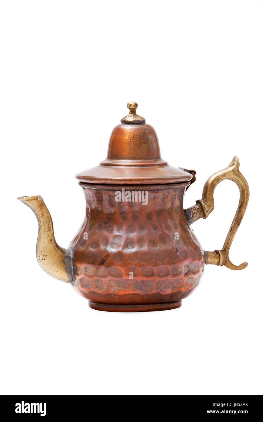 Alte Orientalische Teekanne Isoliert Auf Weißem Hintergrund   Stock Image