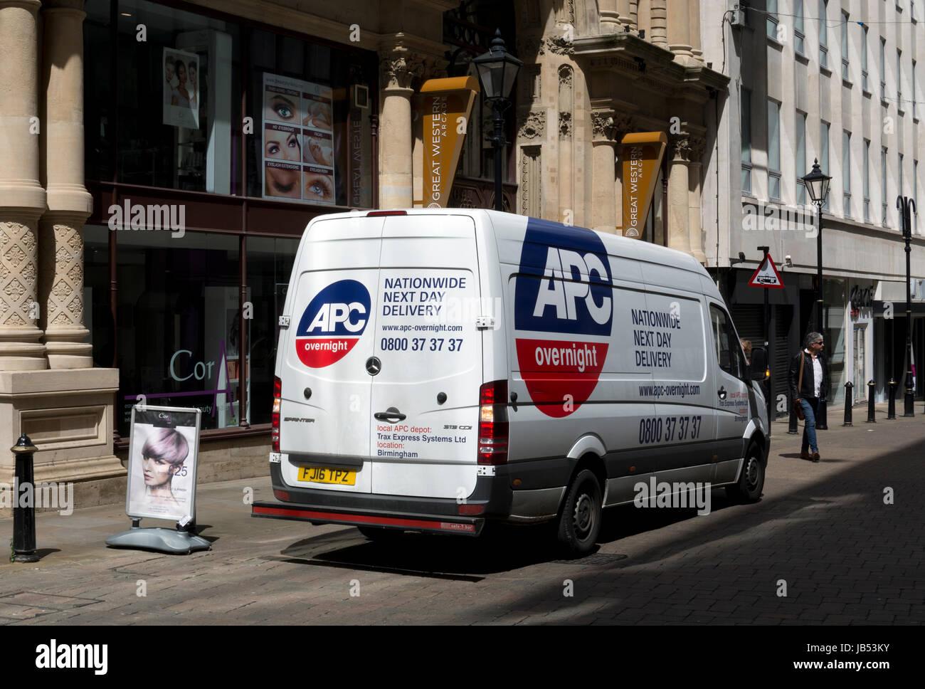 APC parcels van, Birmingham city centre, UK - Stock Image