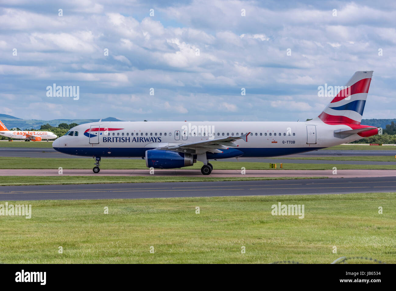 Aircraft Manchester airport British Airways Airbus A320 - Stock Image