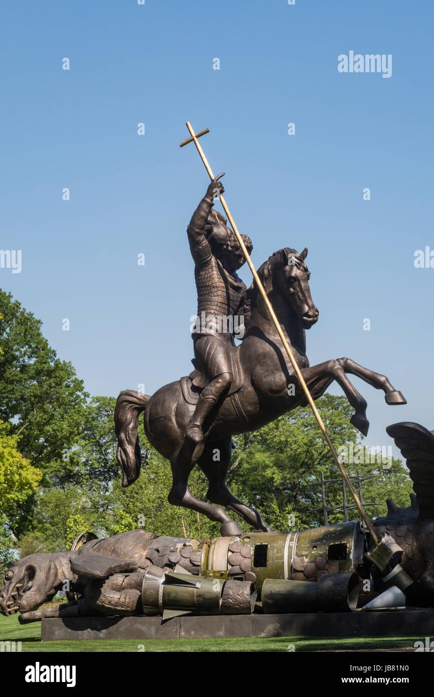 St. George Slaying Dragon Statue, United Nations, NYC, USA - Stock Image