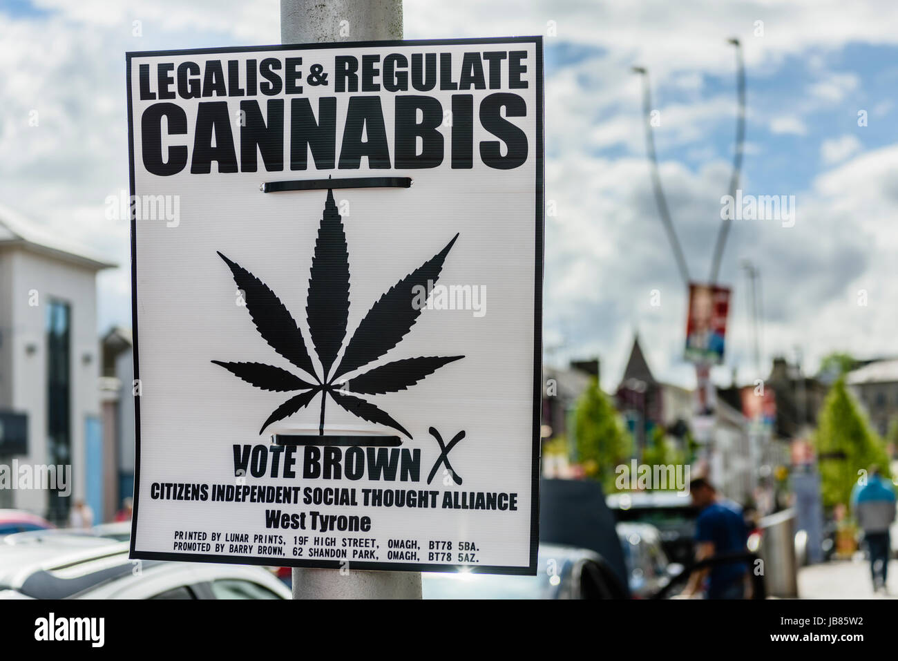 Election poster calling for the legalisation and regulation of cannabis. - Stock Image